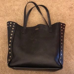 Pre-owned leather women totes